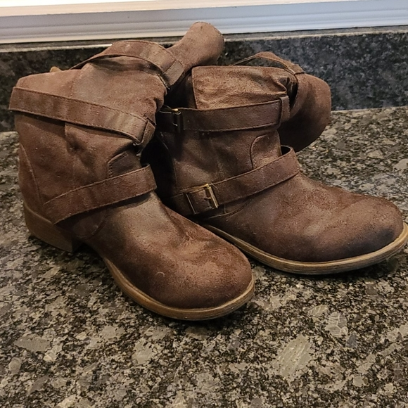 Crown Vintage Shoes - Brown mid calf boots